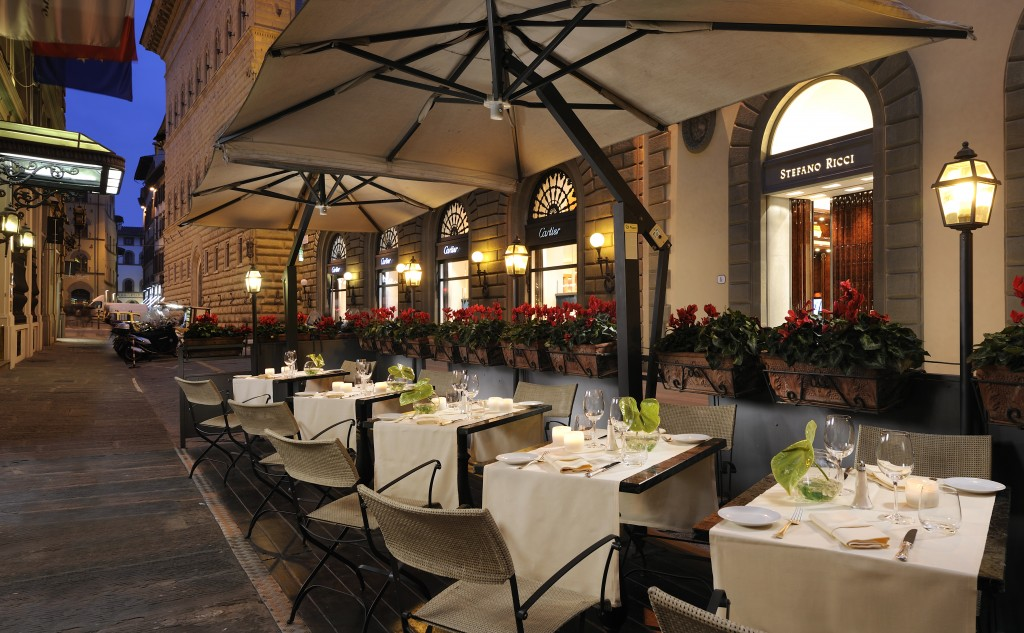 Helvetia-Bristol-Florence-Restaurant-Al-fresco-dinning