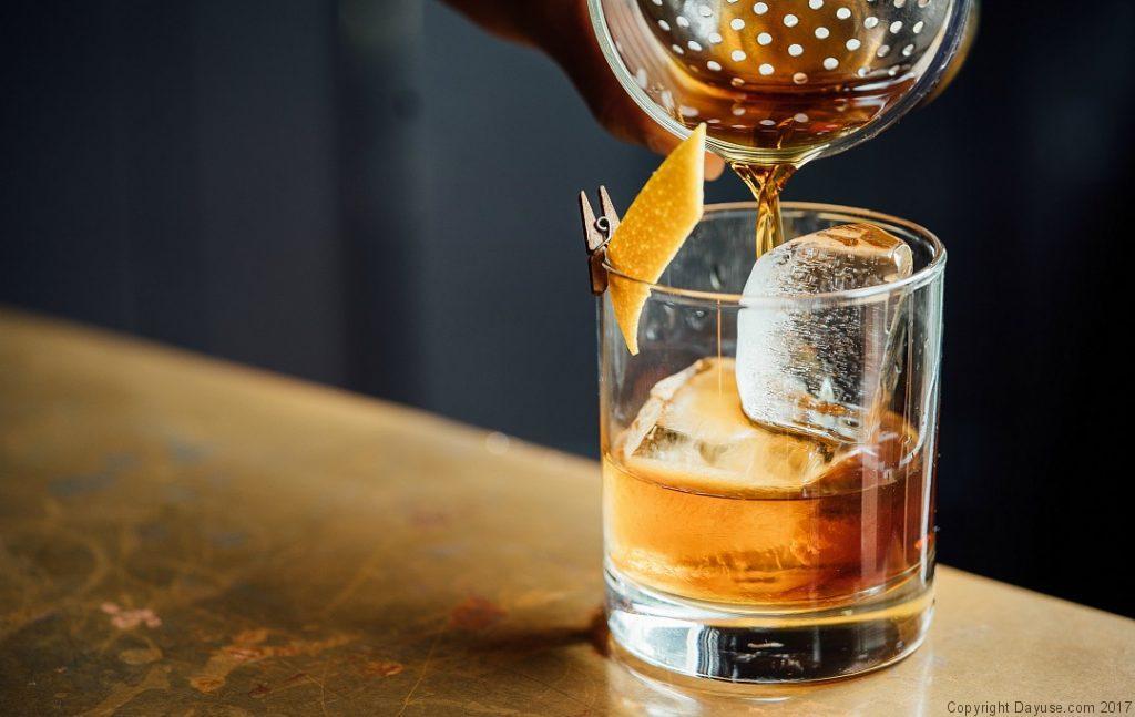 Mixologie dans les bars